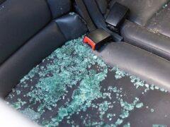 В Смоленске машину «вскрыли» прямо под окнами прокуратуры