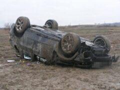 В Ростовской области парень угнал машину и попал на ней в ДТП