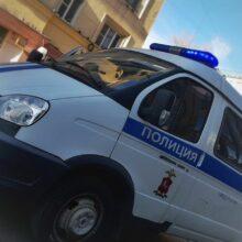 Неизвестные избили мотоциклиста и отобрали его транспортное средство на юге Москвы