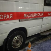 Девушка попала под колеса автобуса на Дону во время проводов в армию