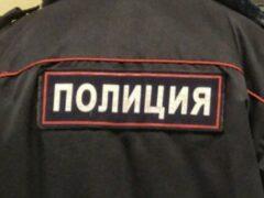 В Красноярске мужчина украл автомобиль с помощью эвакуатора
