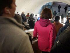 Пожилая женщина едва не лишилась руки на эскалаторе в ТЦ Барнаула