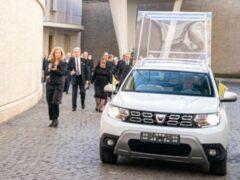 Renault построил особый Duster для папы римского