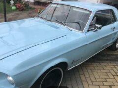 В Брянске выставили на продажу раритетный Ford Mustang