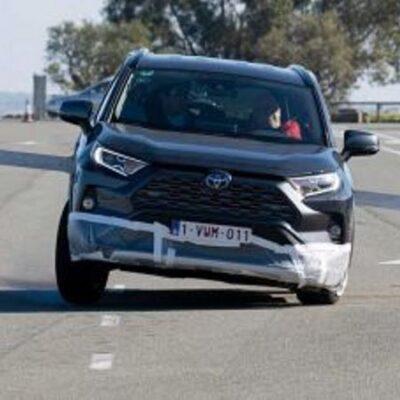 Toyota RAV4, лосиный тест