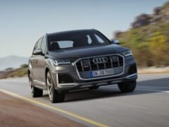 Audi назвала цены на высокопроизводительный кроссовер SQ7