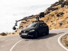 Jaguar F-PACE протестировал новейшую камеру Canon EOS