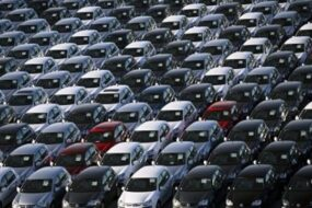Названа средняя цена нового автомобиля в России