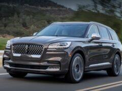 Lincoln отказался от выпуска электромобиля на базе Rivian
