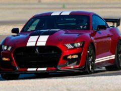 Новое поколение Ford Mustang получит гибридный V8 и полный привод