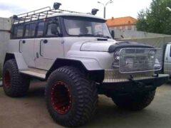 В Сети показали суровый внедорожник на базе УАЗ «Хантер» и ГАЗ-66