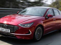 В Сети появились изображения нового универсала Hyundai Sonata