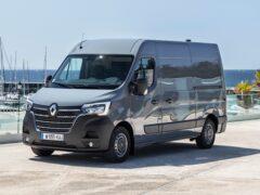 Renault начала продажи нового Renault Master в России