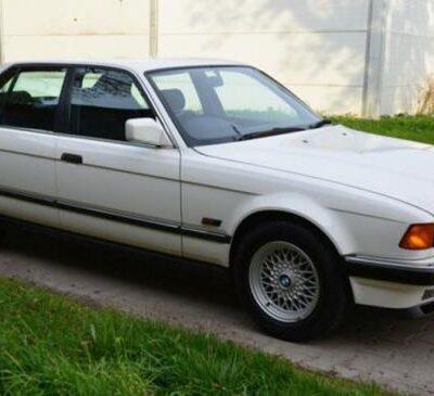 BMW 7-Series 1992 года