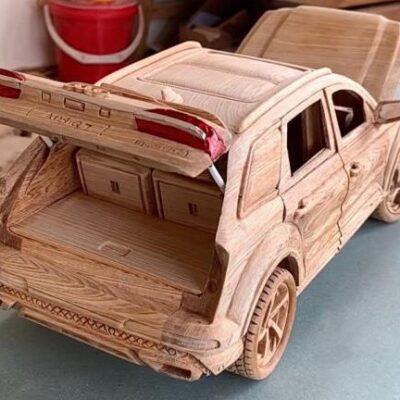 Audi Q7, копия из дерева