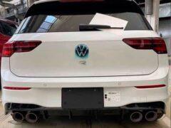 Первые «живые» снимки нового Volkswagen Golf R появились в Сети