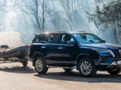 В РФ начались продажи обновленного Toyota Fortuner с дизелем