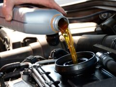 Когда масло в моторе автомобиля нужно менять чаще, чем рекомендовано