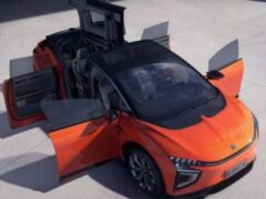 Новый электрокар HiPhi X из Китая оказался дешевле Tesla Model X